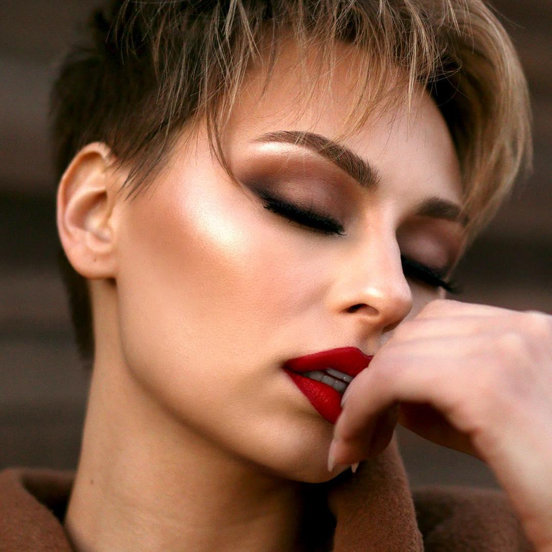 Коричневый макияж фото 3