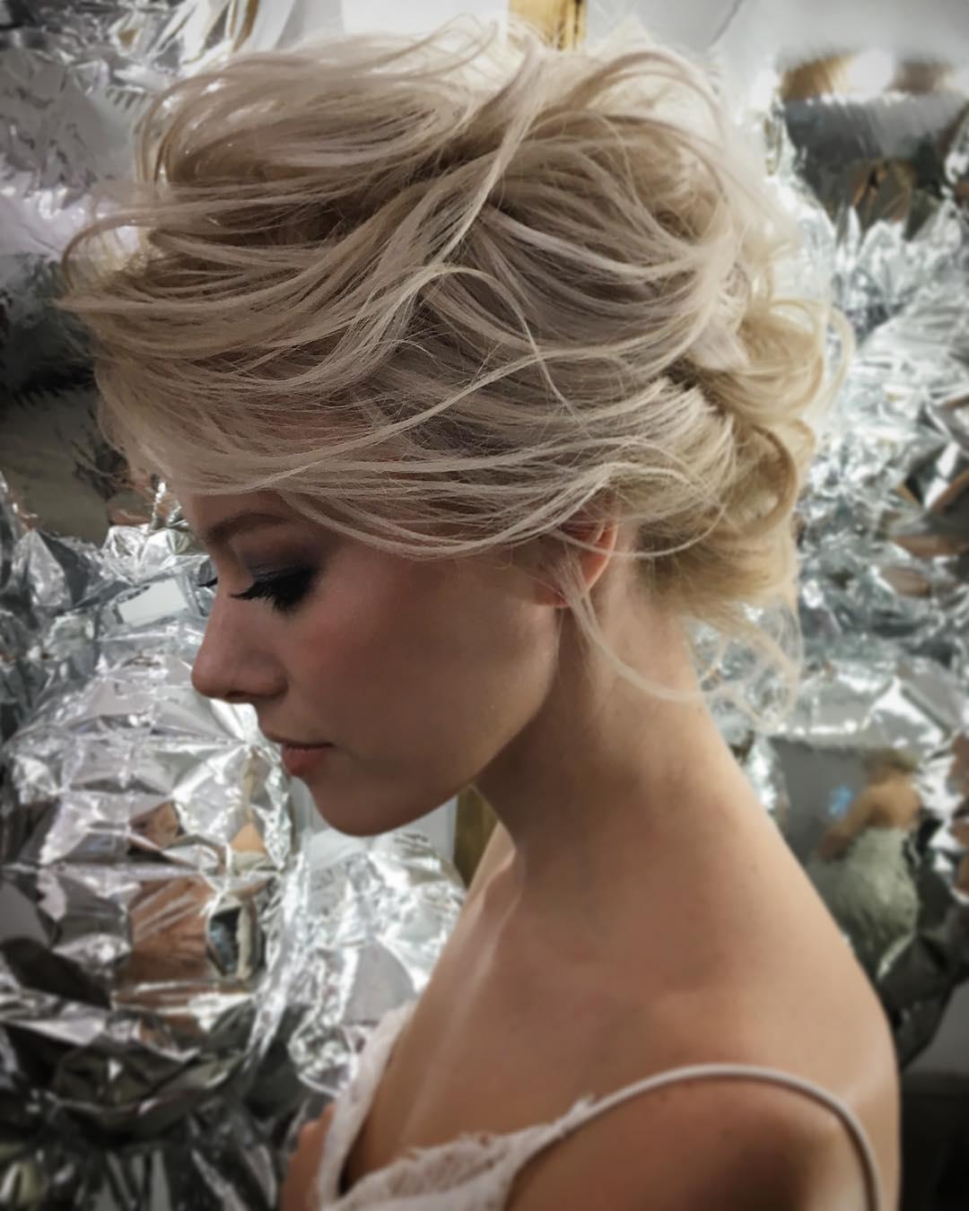 свадебные причёски для коротких волос фото 8