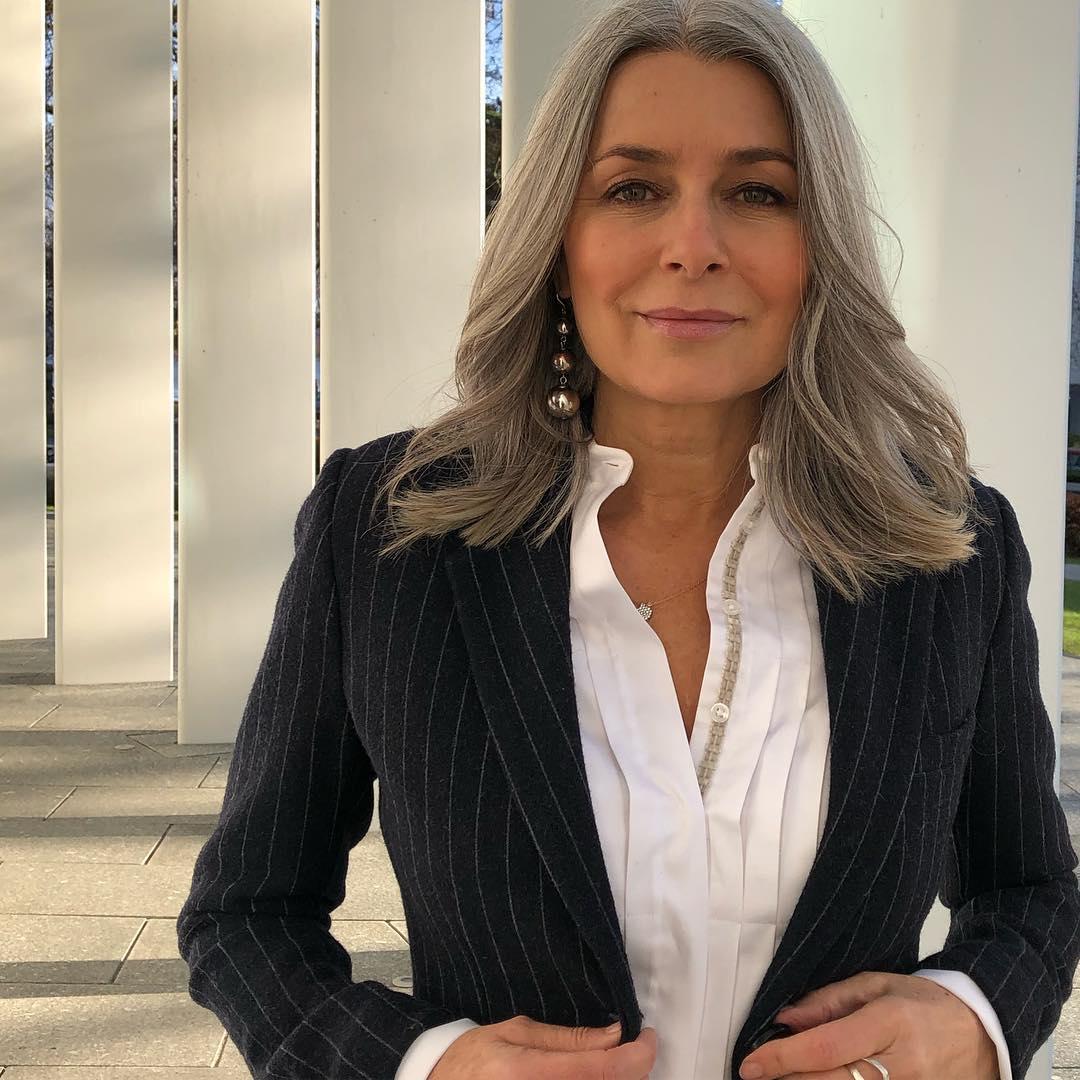 модные стрижки лето 2019 для женщин 40-50 лет фото 4