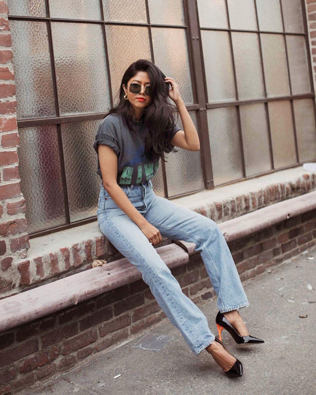 С чем носить джинсы летом фото 13