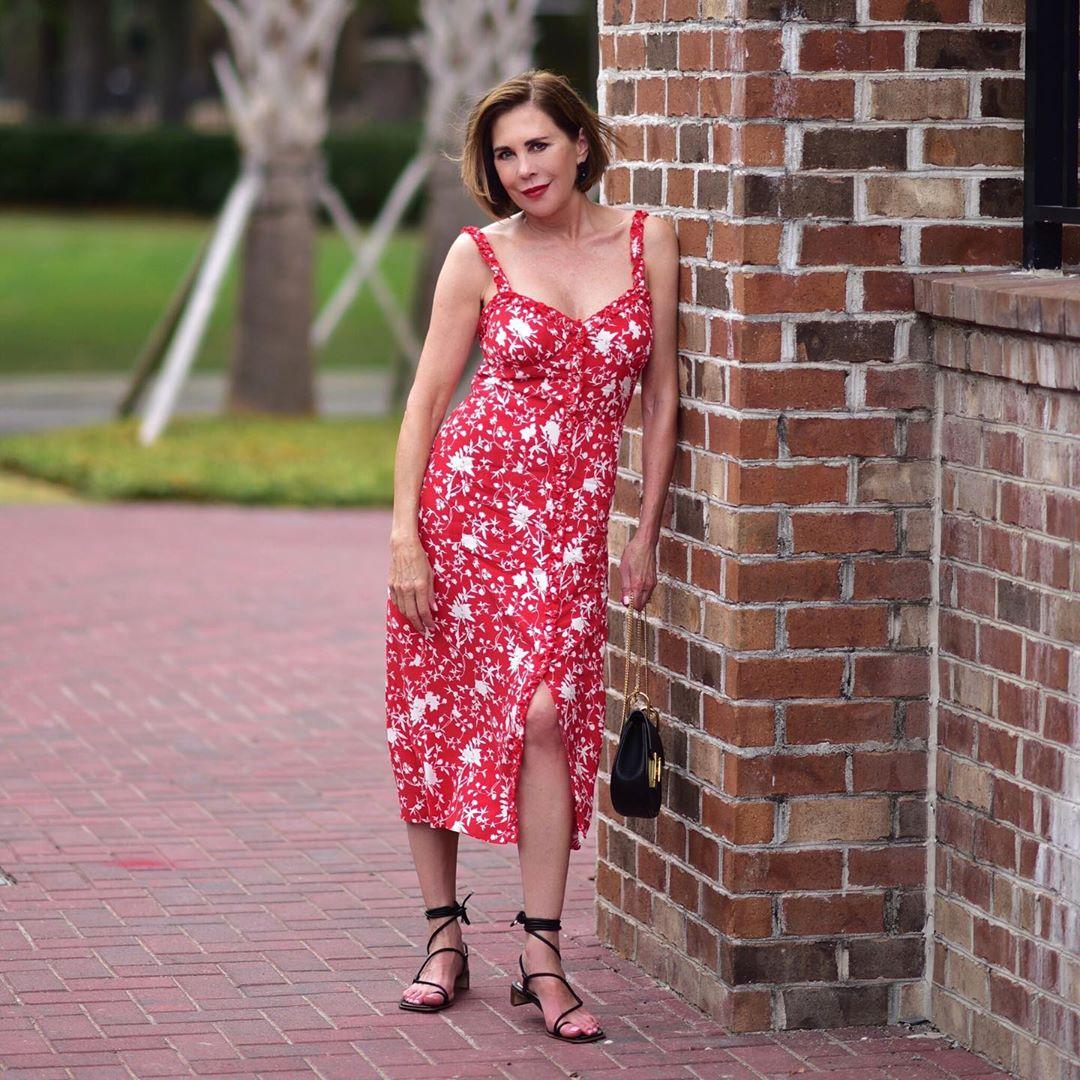 Летний городской стиль 2019 для женщин 40-50 лет фото 7