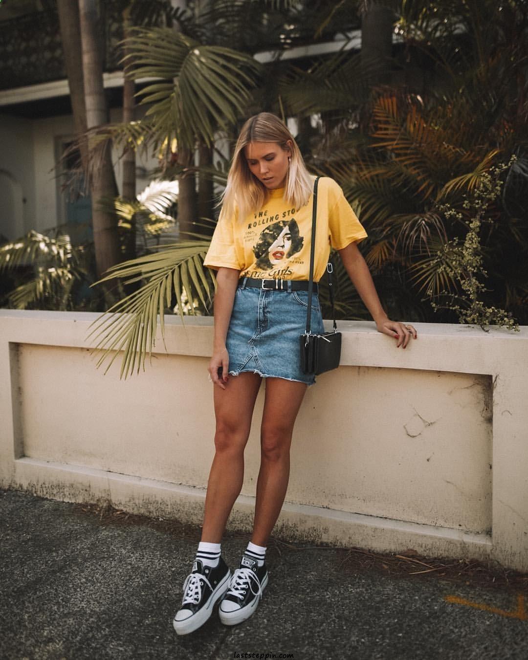 Жёлтая футболка фото 6