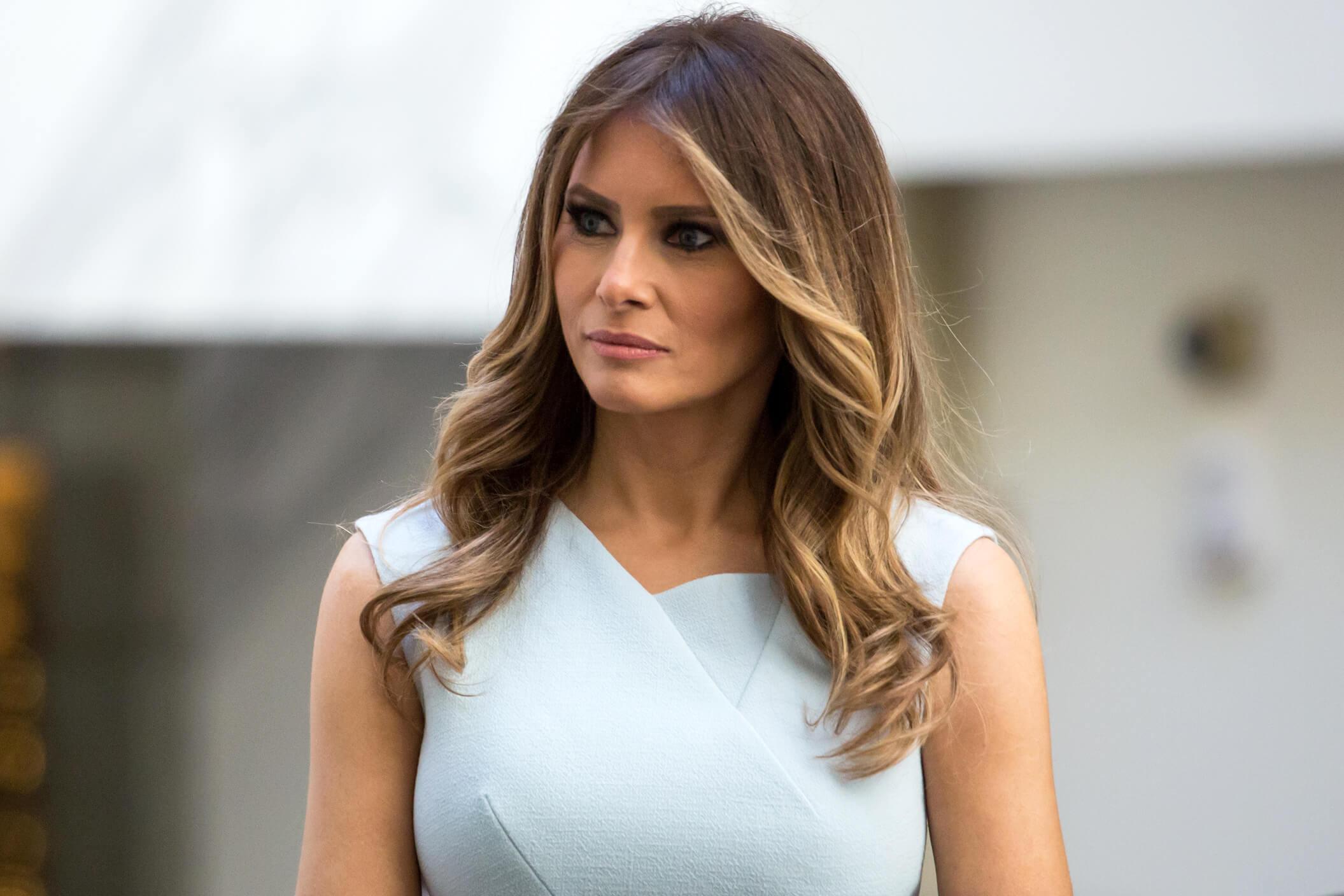 причёски Мелании Трамп фото 6
