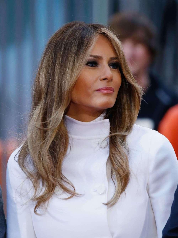 причёски Мелании Трамп фото 12
