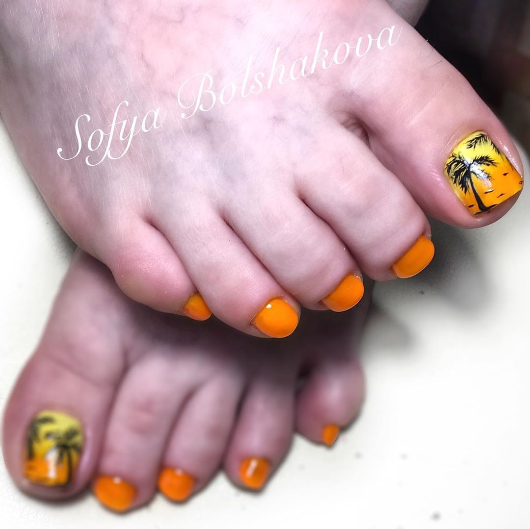 оранжевый педикюр_25