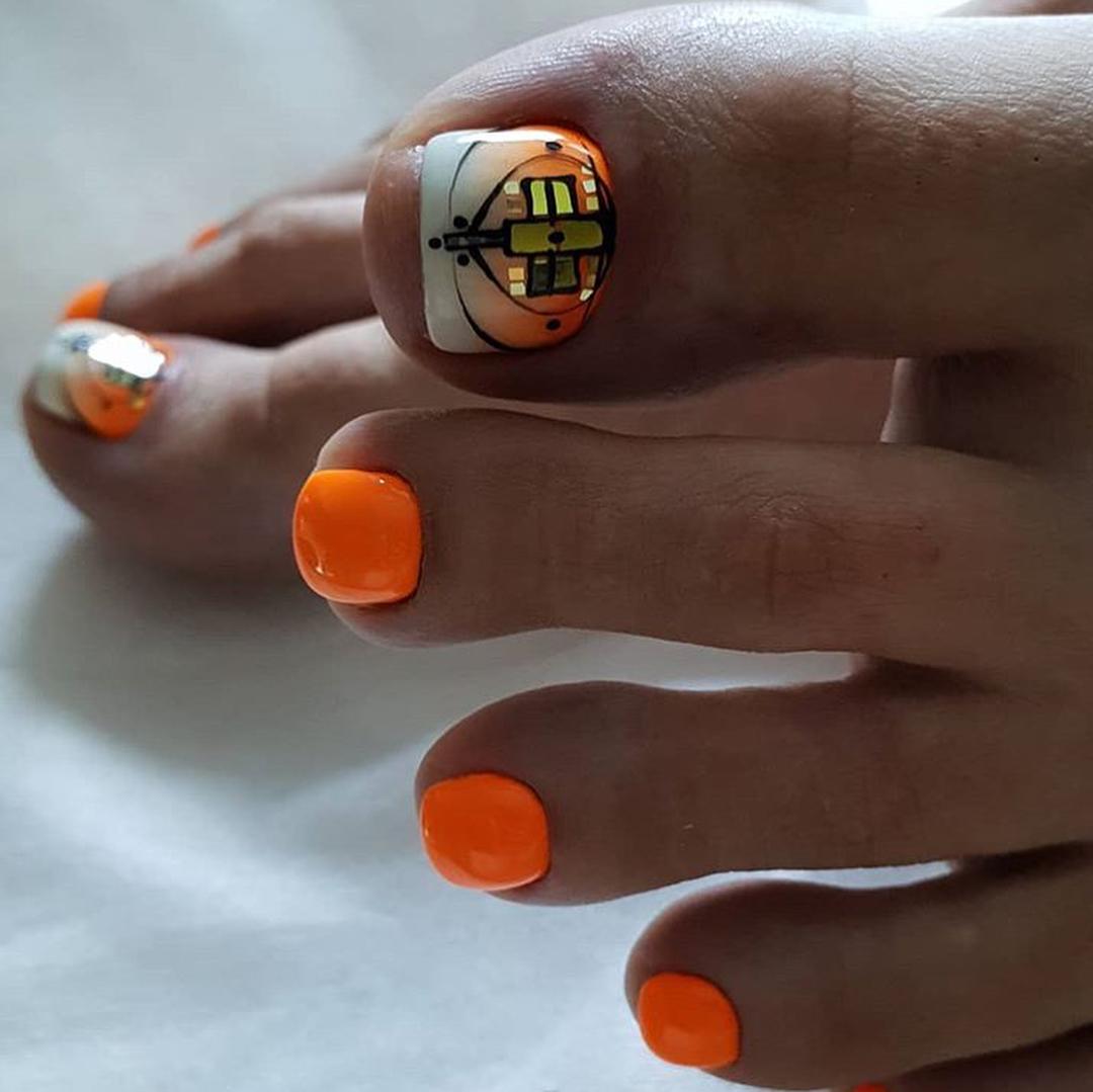 оранжевый педикюр_10