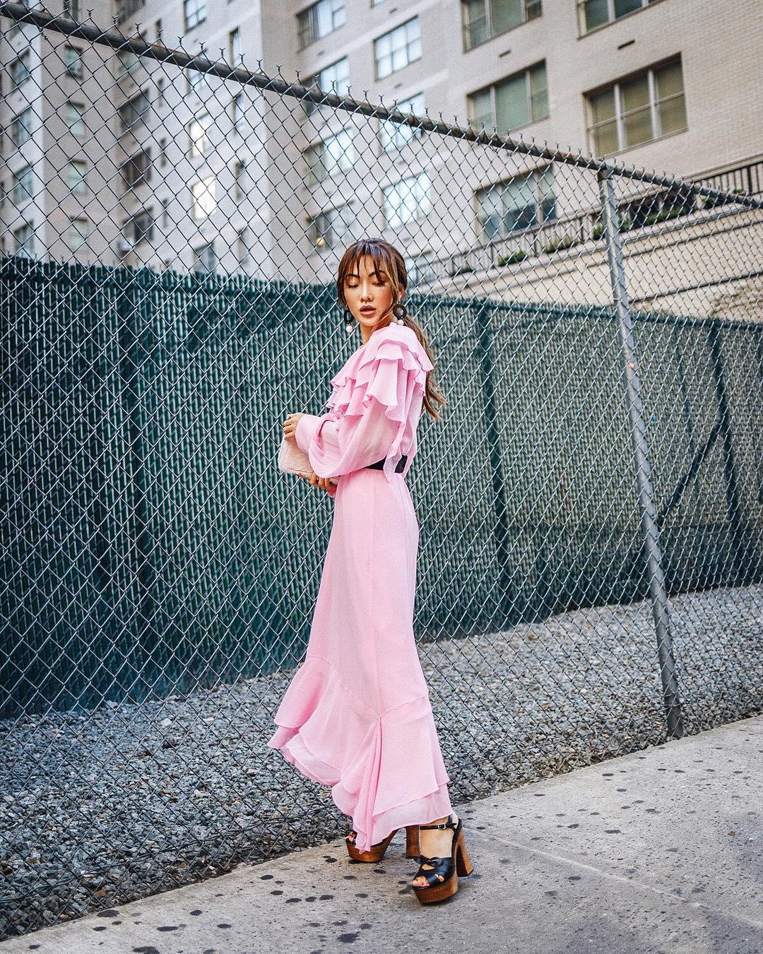 модный летние образы в розовом цвете фото 1