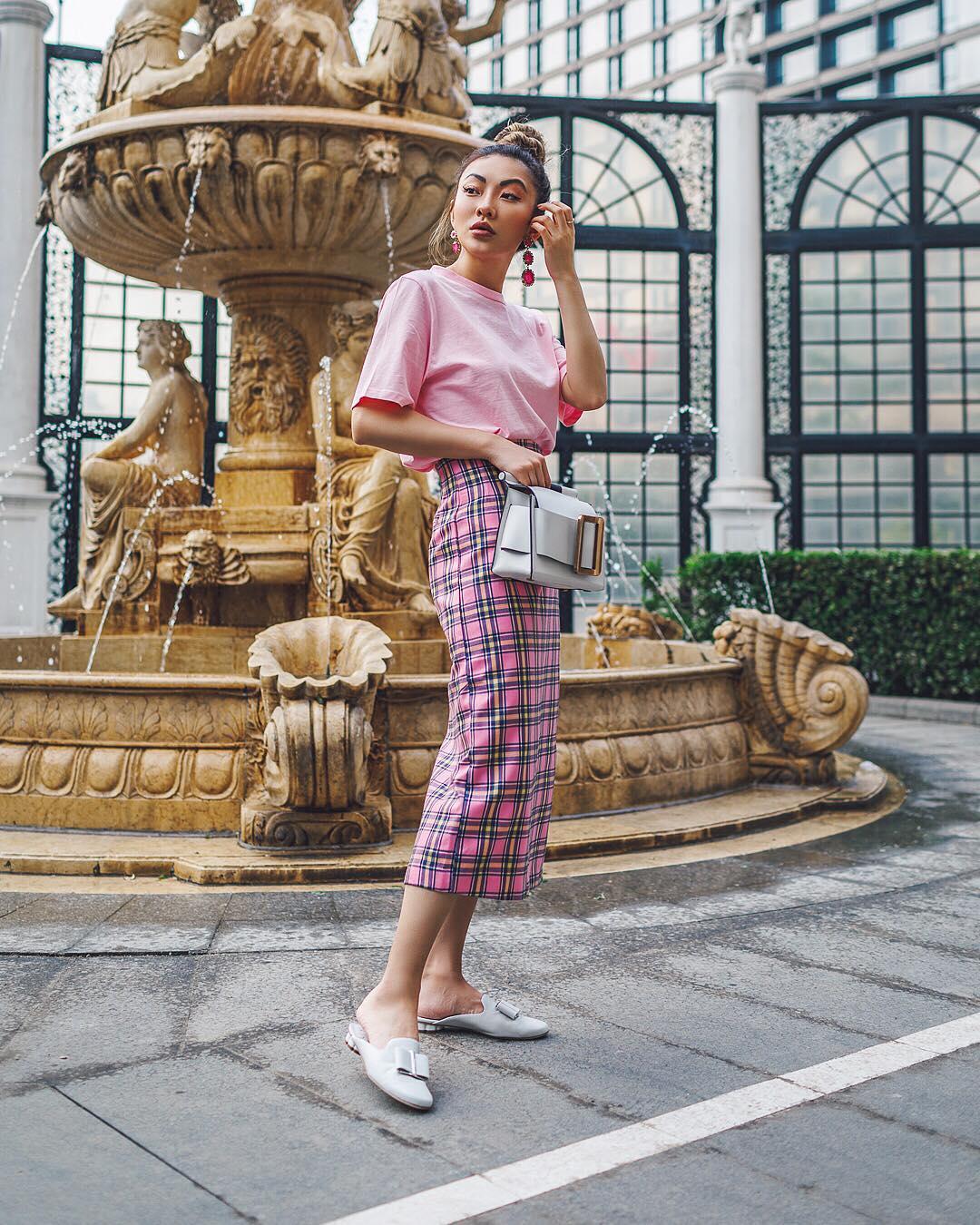 модный летние образы в розовом цвете фото 3