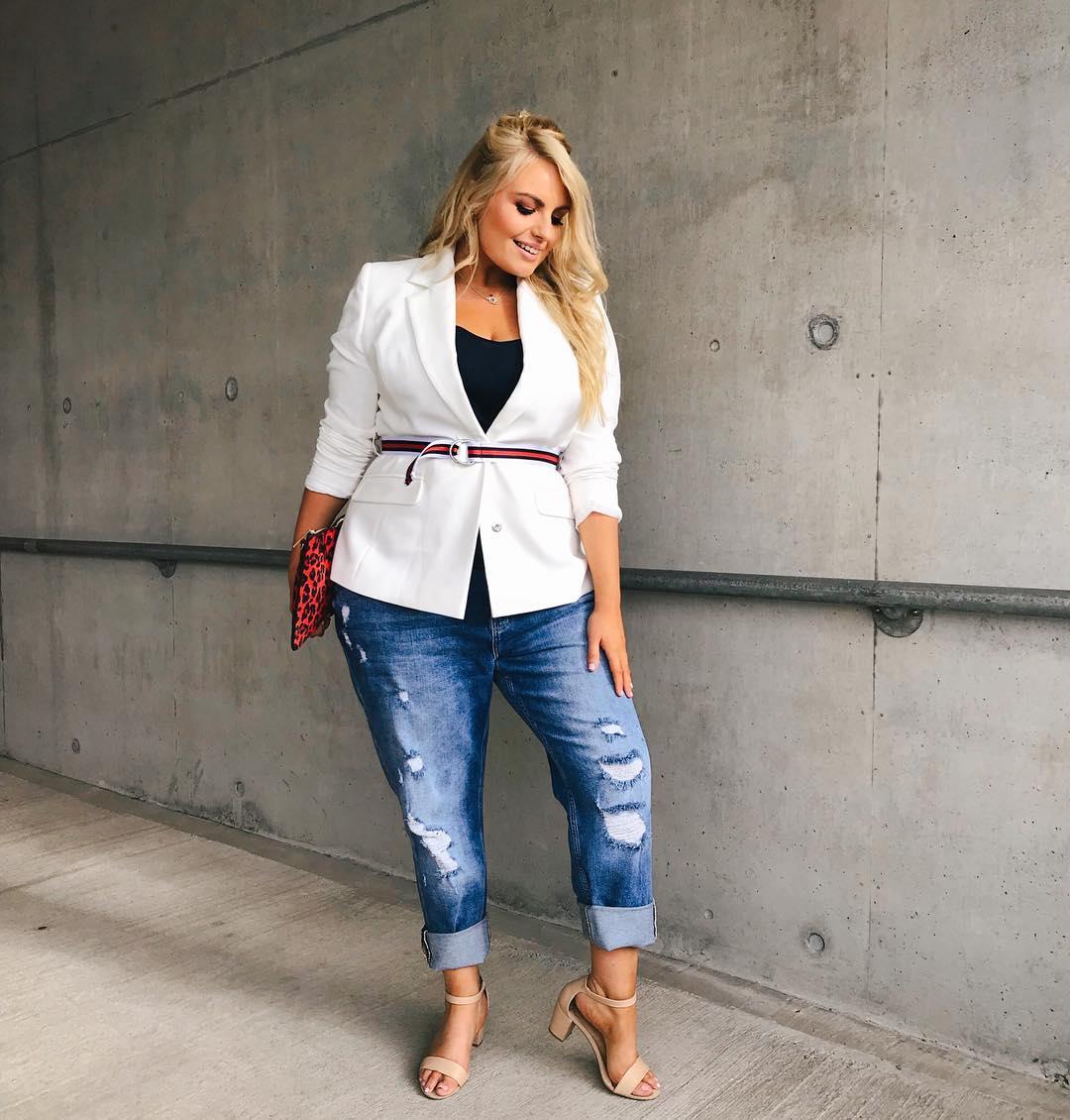 с чем носить джинсы летом полным женщинам фото 5