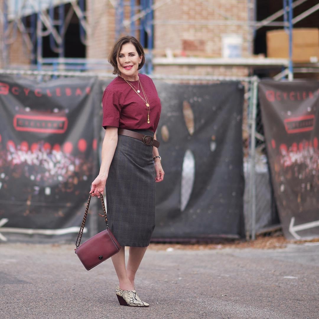 с чем носить юбку карандаш летом женщинам после 40-50 лет фото 6