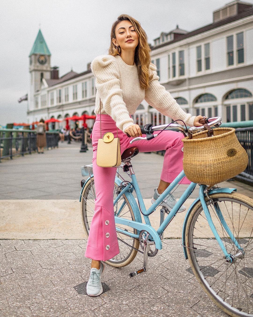 модный летние образы в розовом цвете фото 6