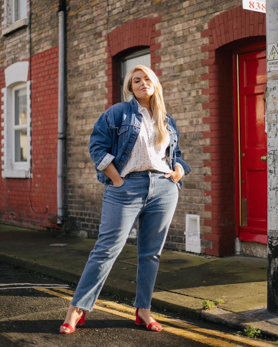с чем носить джинсы летом полным женщинам фото 8