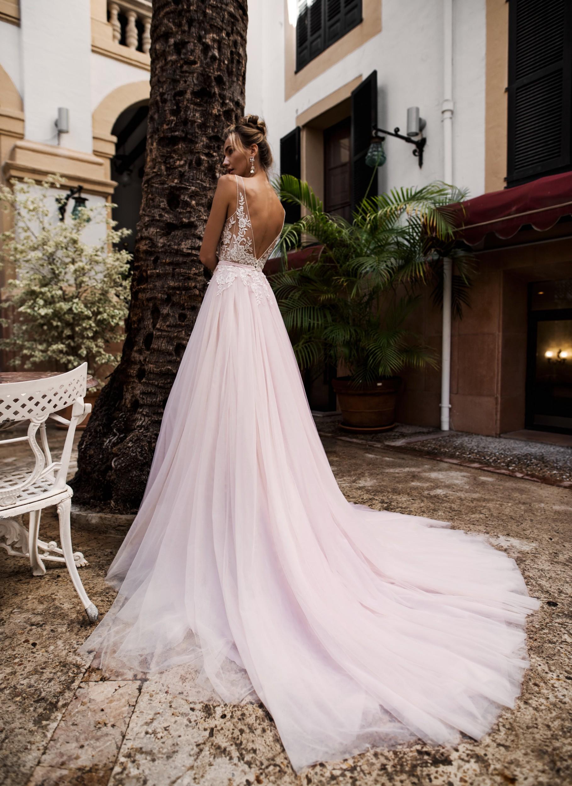 Свадебные платья лето 2019 фото 10
