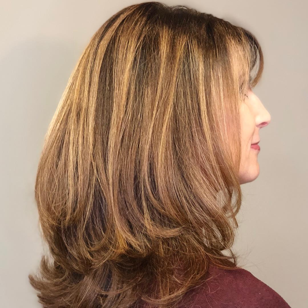 градуированные стрижки для женщин 40-50 лет фото 2