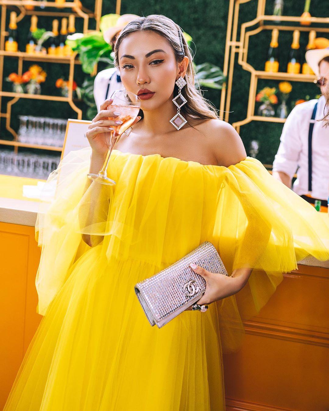 модный летние образы в желтом цвете фото 14