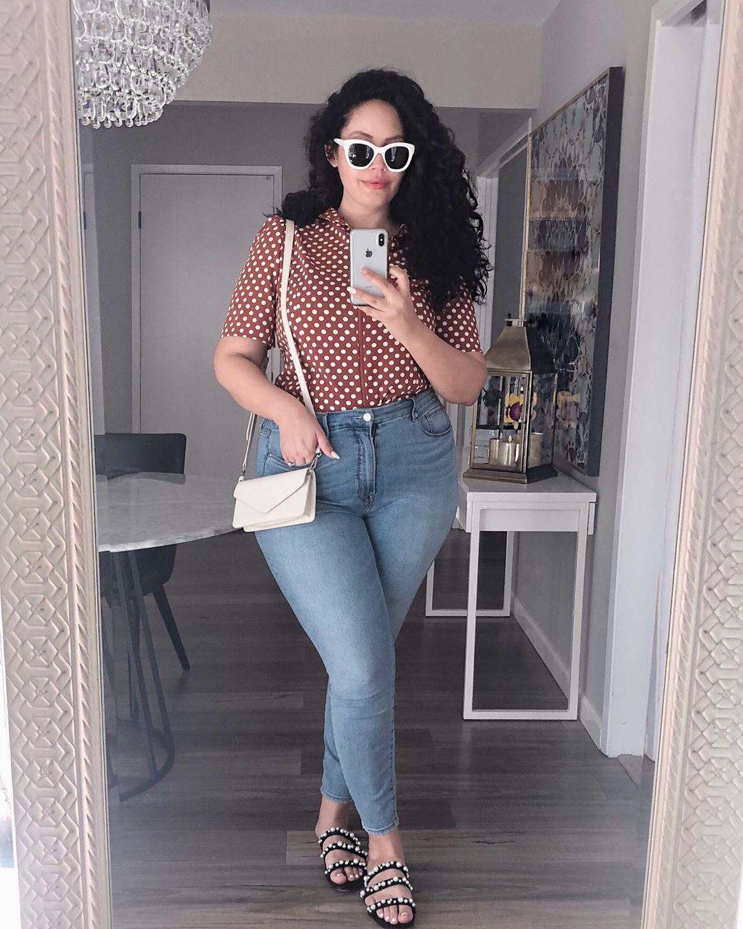 с чем носить джинсы летом полным женщинам фото 12