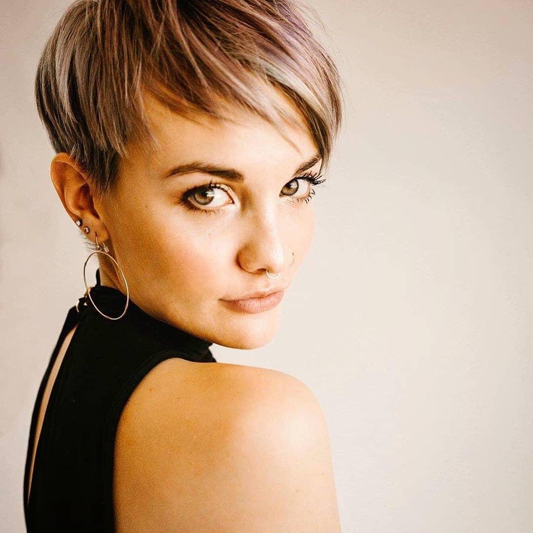 стрижки для женщин с тонкими волосами фото 12