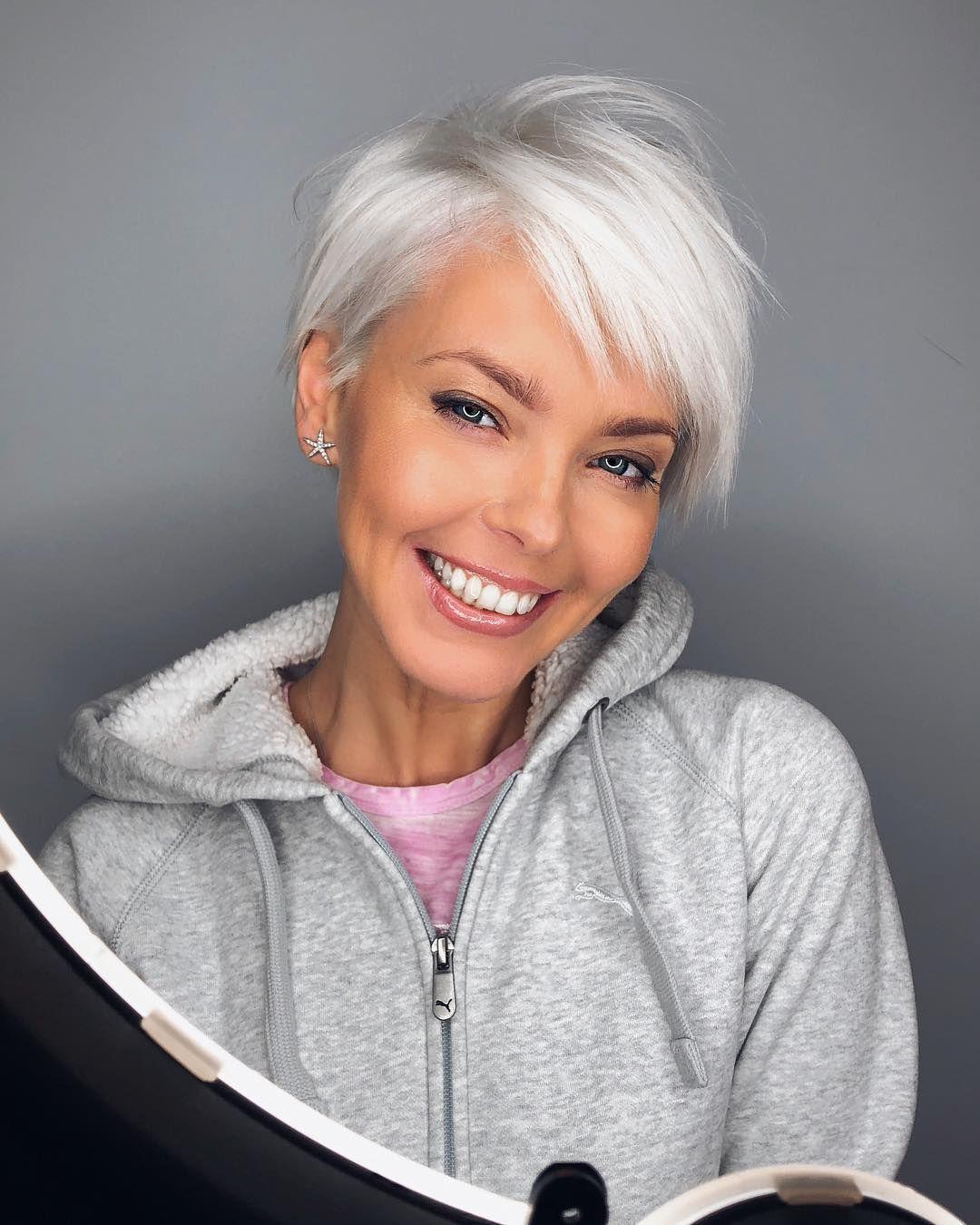 Асимметричные стрижки 2020 для женщин 40-50 лет фото 2