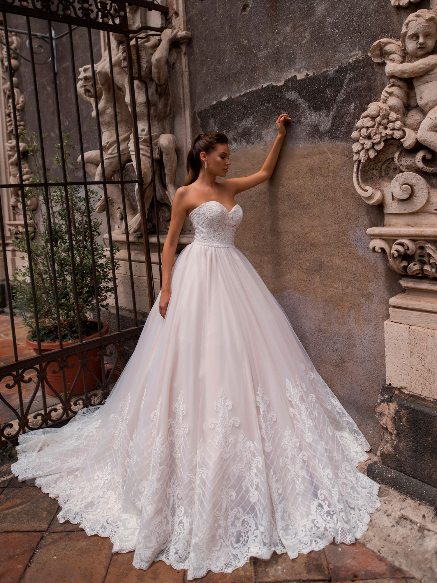 пышные свадебные платья фото 17