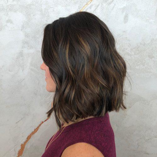 стрижки средней длины для тонких волос фото 5