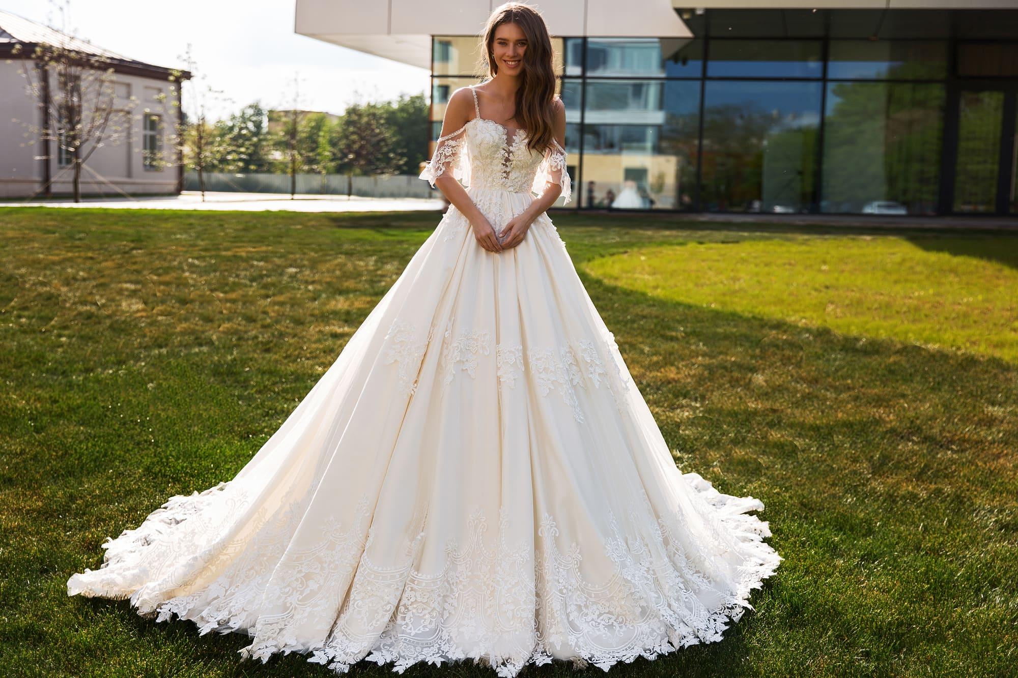 пышные свадебные платья фото 10