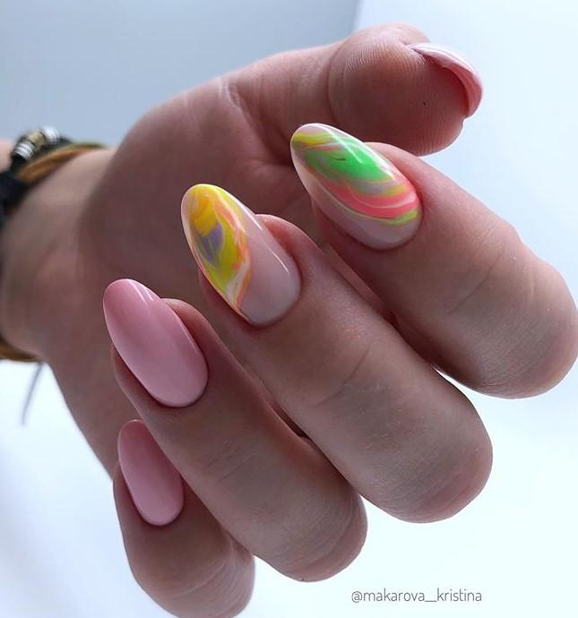 маникюр разноцветная дымка фото 23