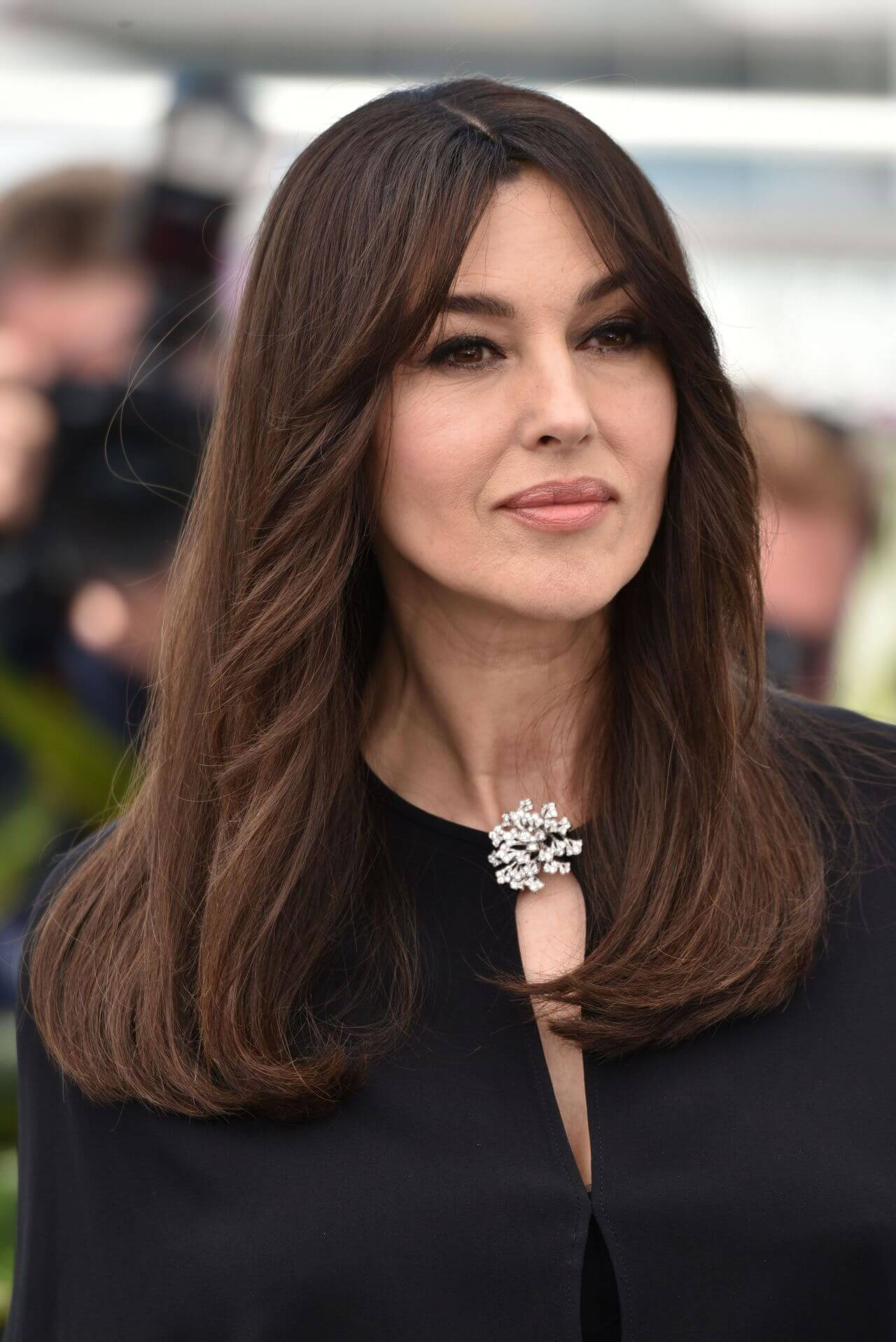 волнистые причёски для женщин после 50 фото 12