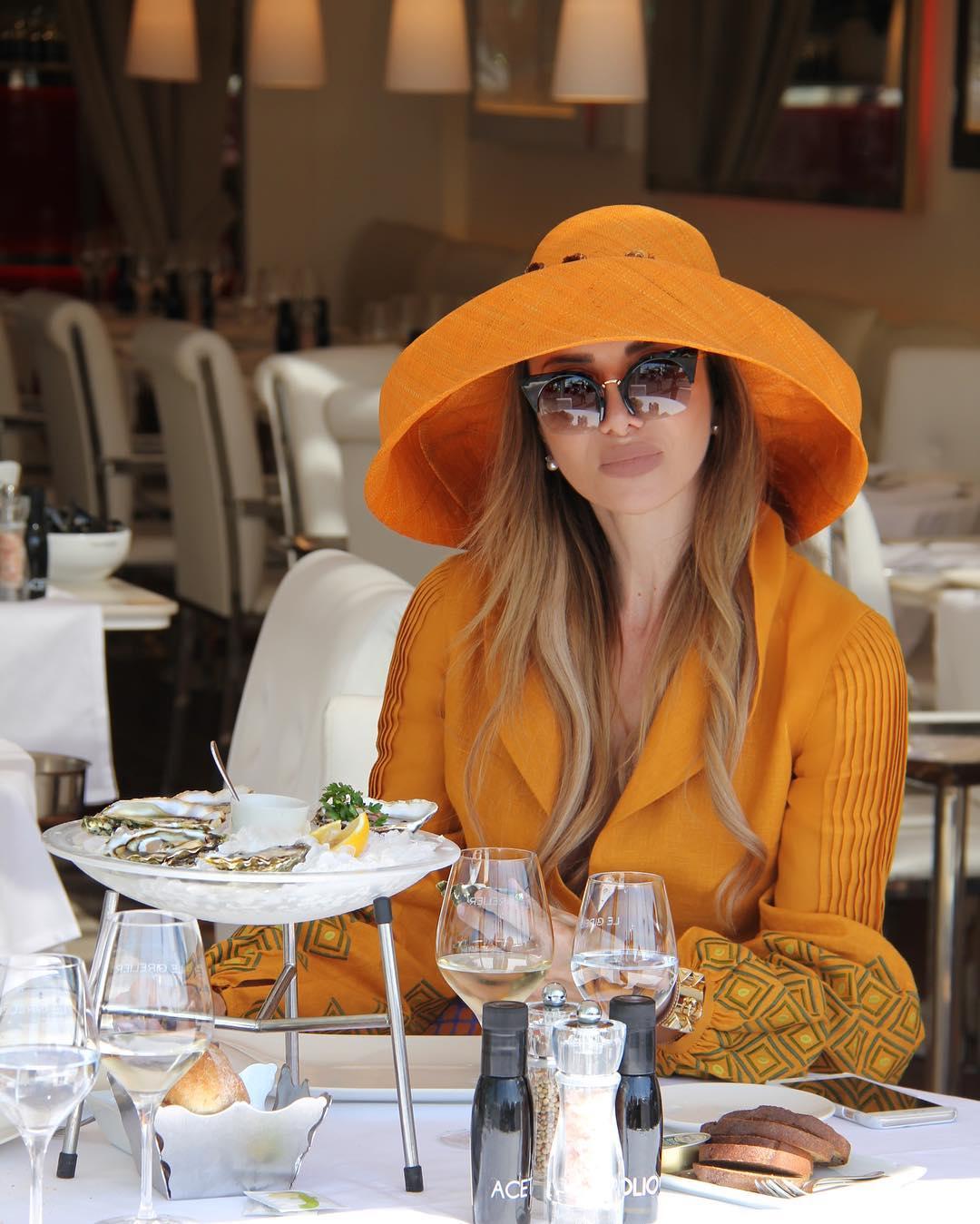 Правила поведения женщин в ресторане фото 6