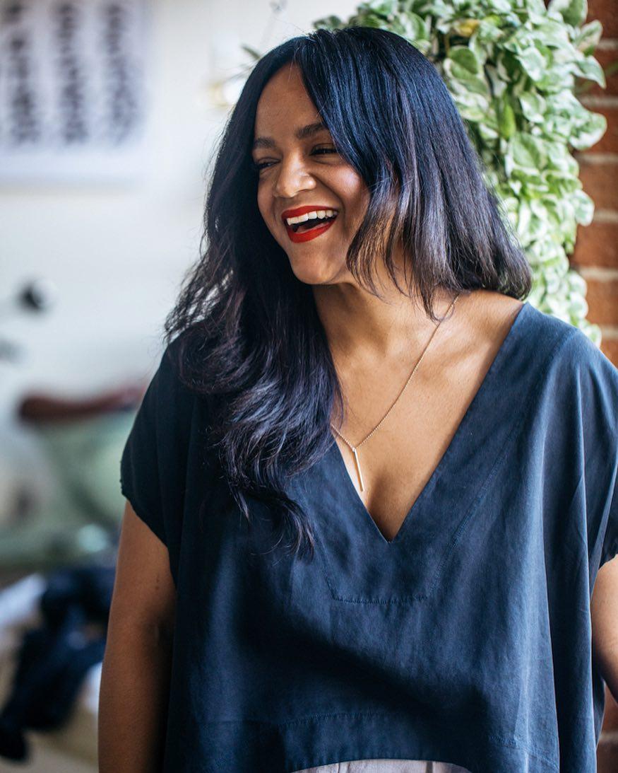 модные стрижки осени 2019 для женщин 40-50 лет фото 18