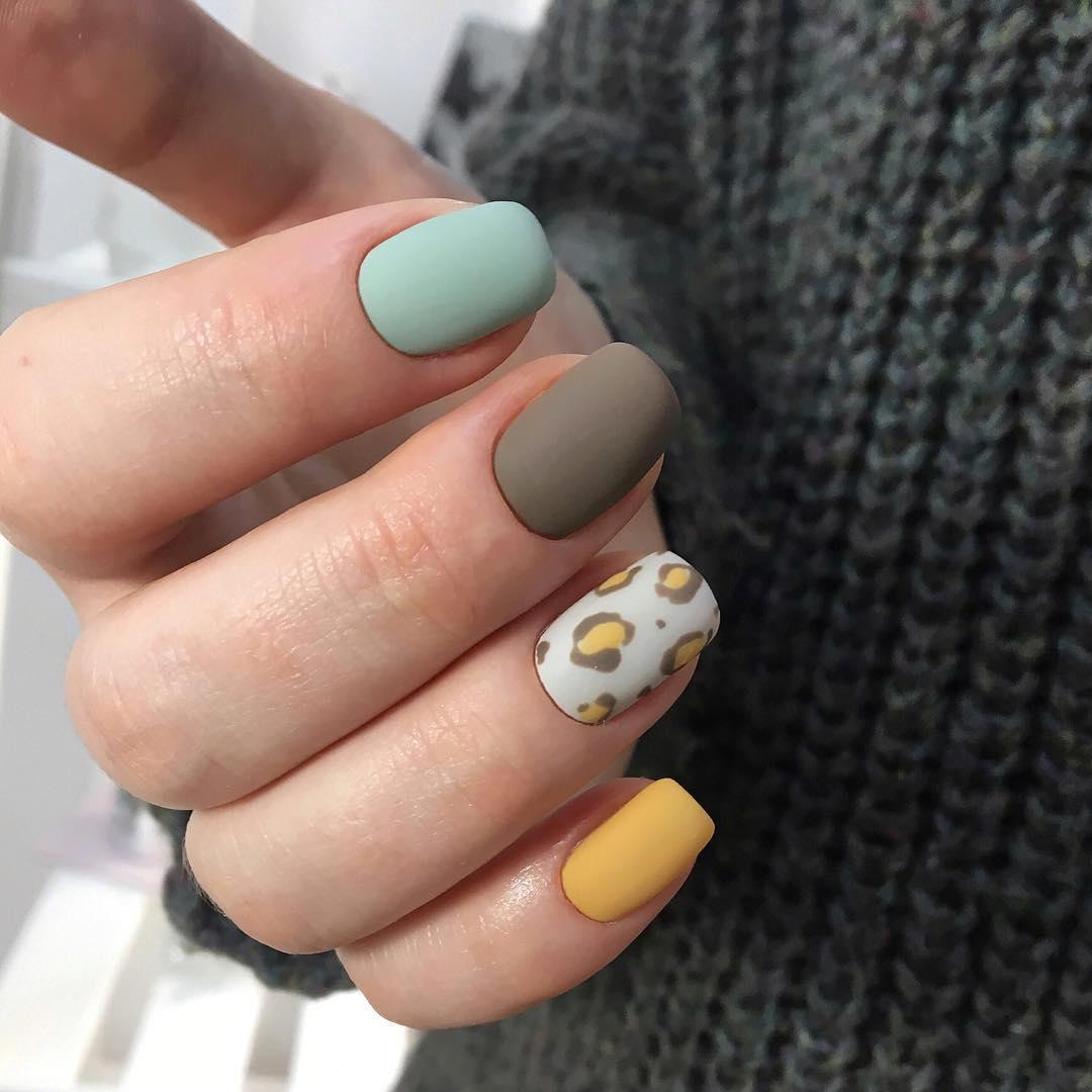 Маникюр на короткие ногти осень фото 18