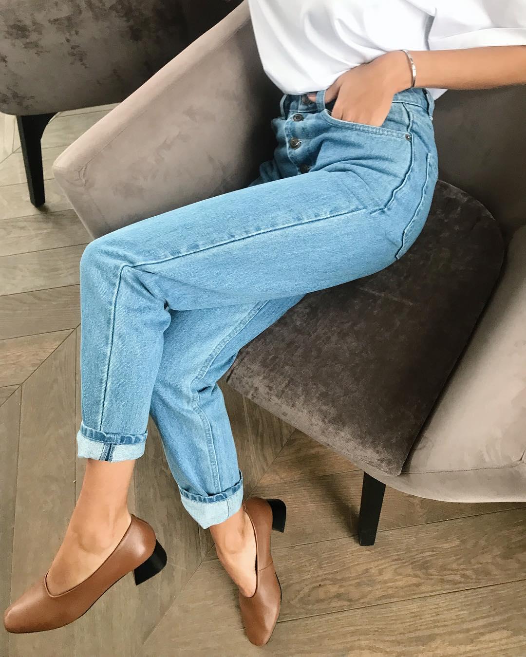 модные джинсы, которые все будут носить этой осенью фото 17