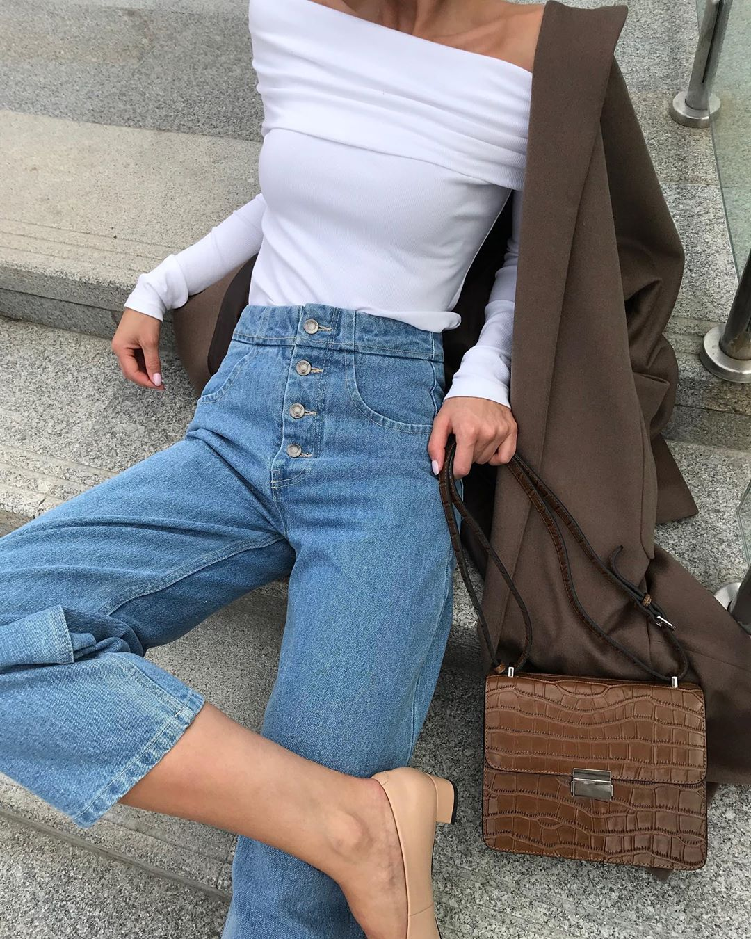 модные джинсы, которые все будут носить этой осенью фото 18