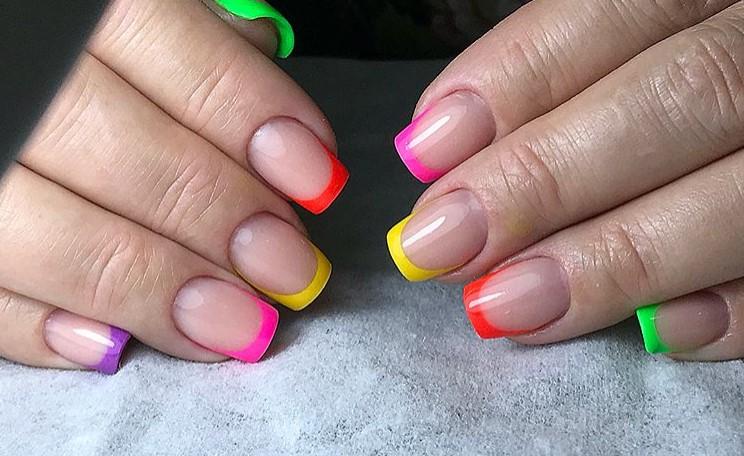 разноцветный френч фото 25