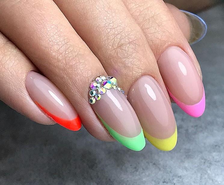 разноцветный френч фото 26