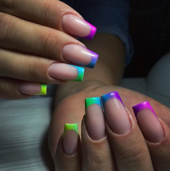 разноцветный френч фото 10