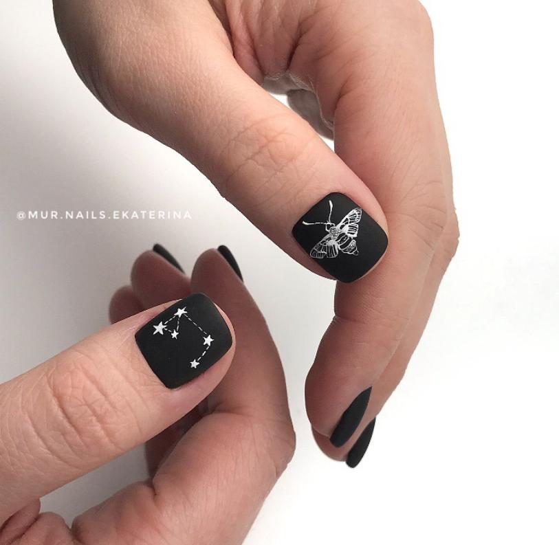 Звездное небо на ногтях фото 15