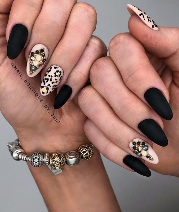 @nail_boutique_by_juli