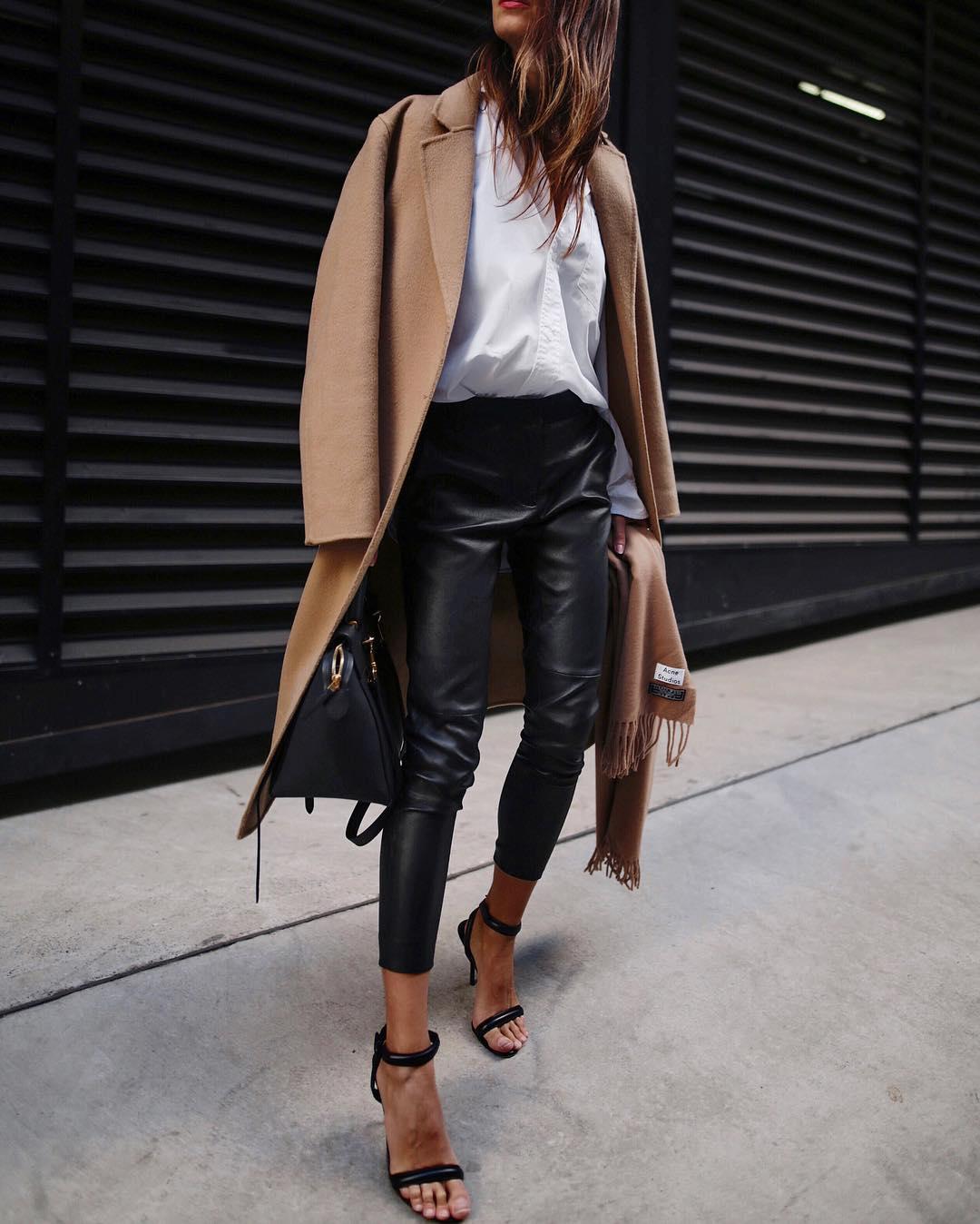 кожаные брюки 2020 фото 8