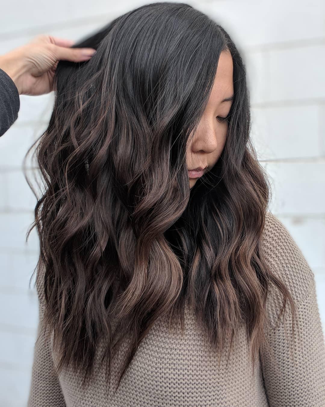 стрижки на длинные волосы 2020 фото 12