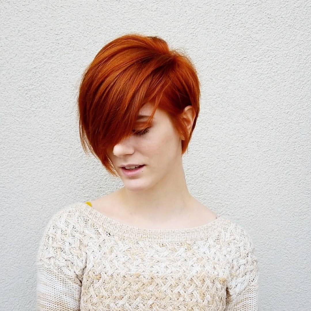 Стильные варианты стрижек на короткие волосы фото 7