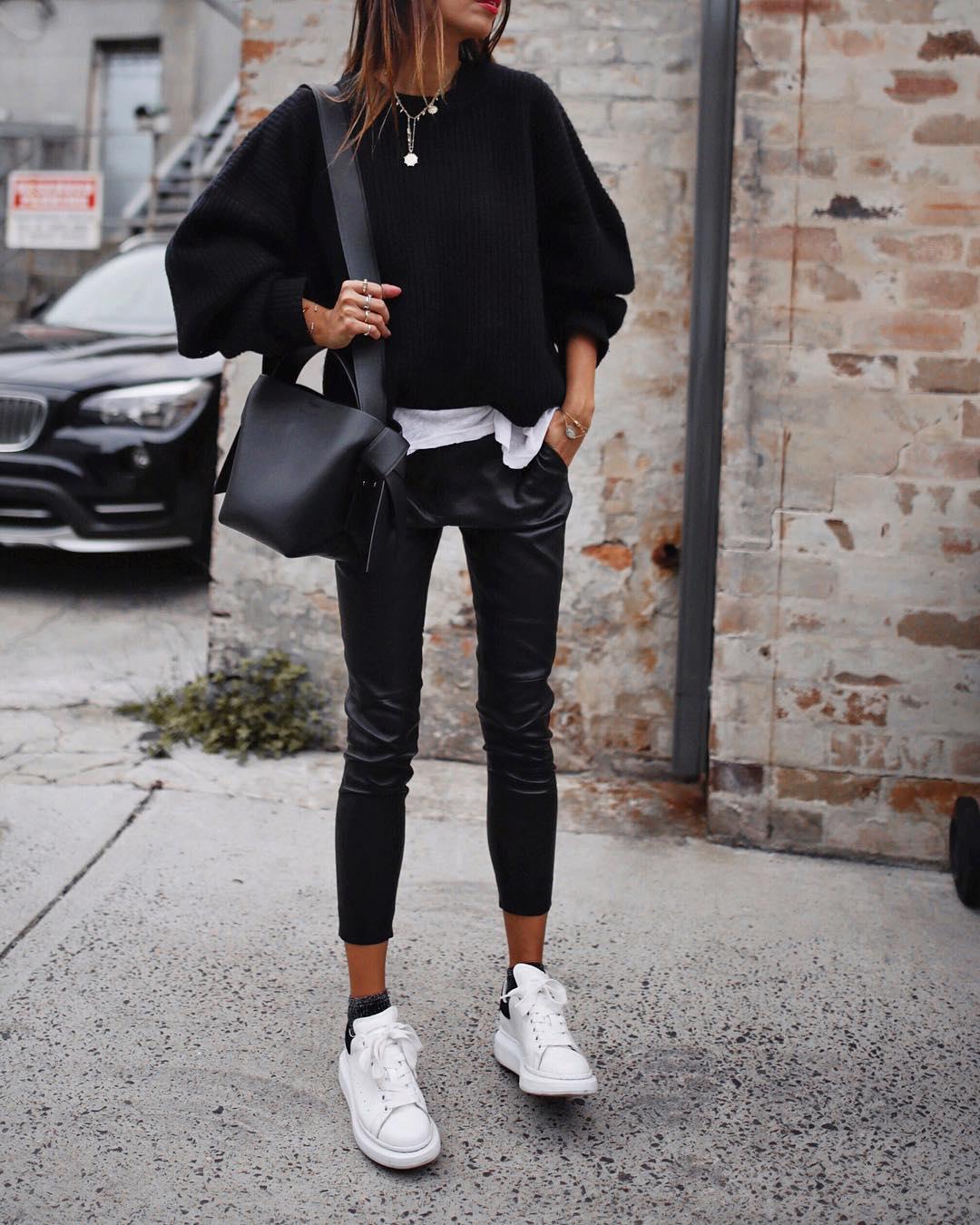 кожаные брюки 2020 фото 4