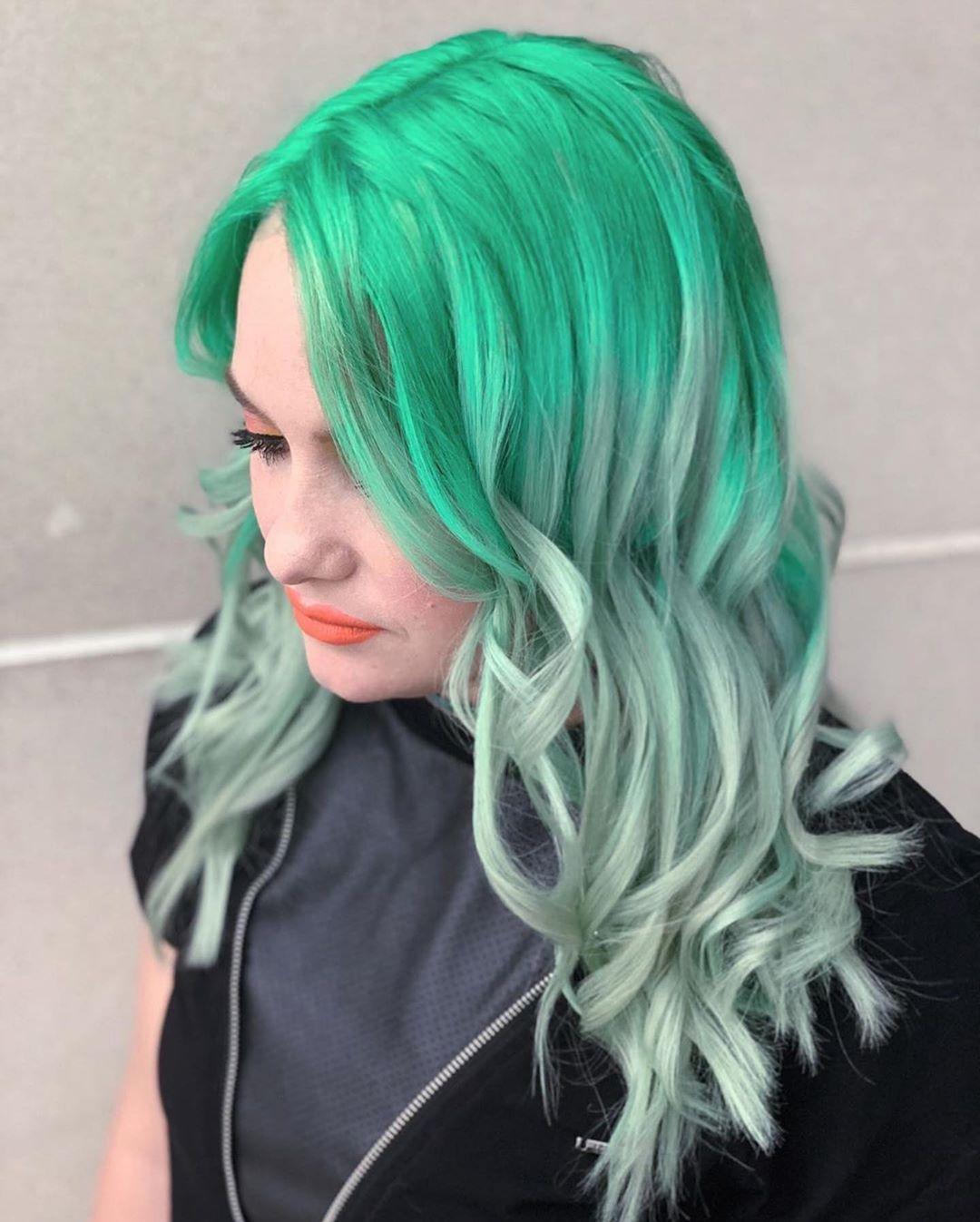 Растяжка цвета на волосах фото 20