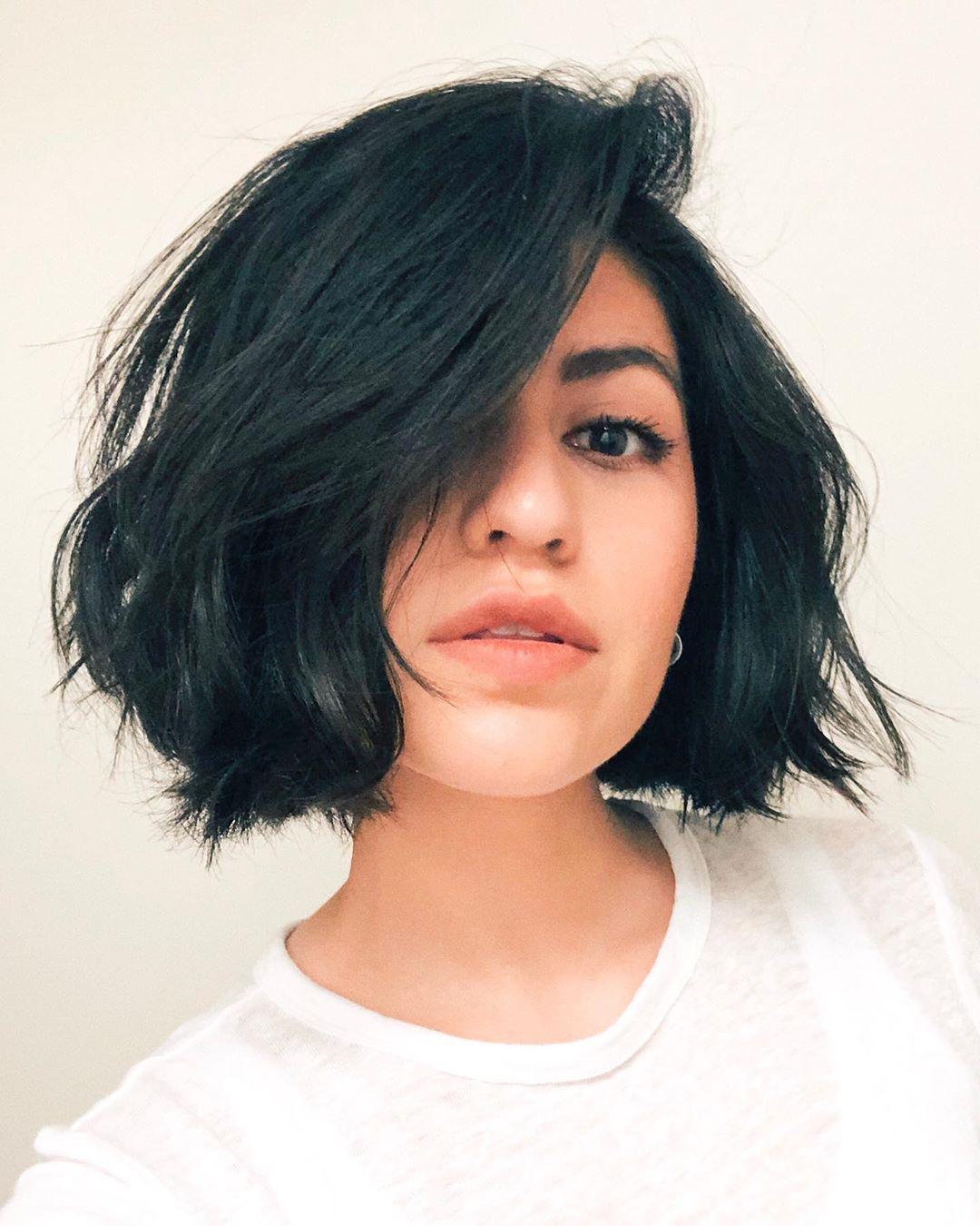 Стильные варианты стрижек на короткие волосы фото 6