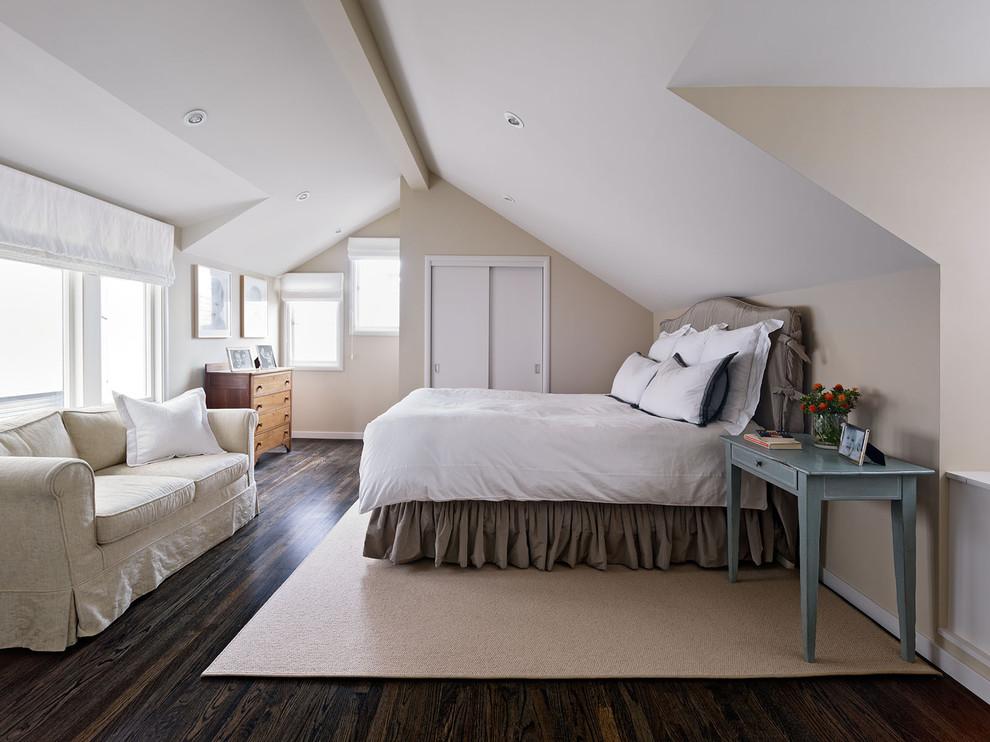 Идеи дизайна спальни на мансарде фото 17