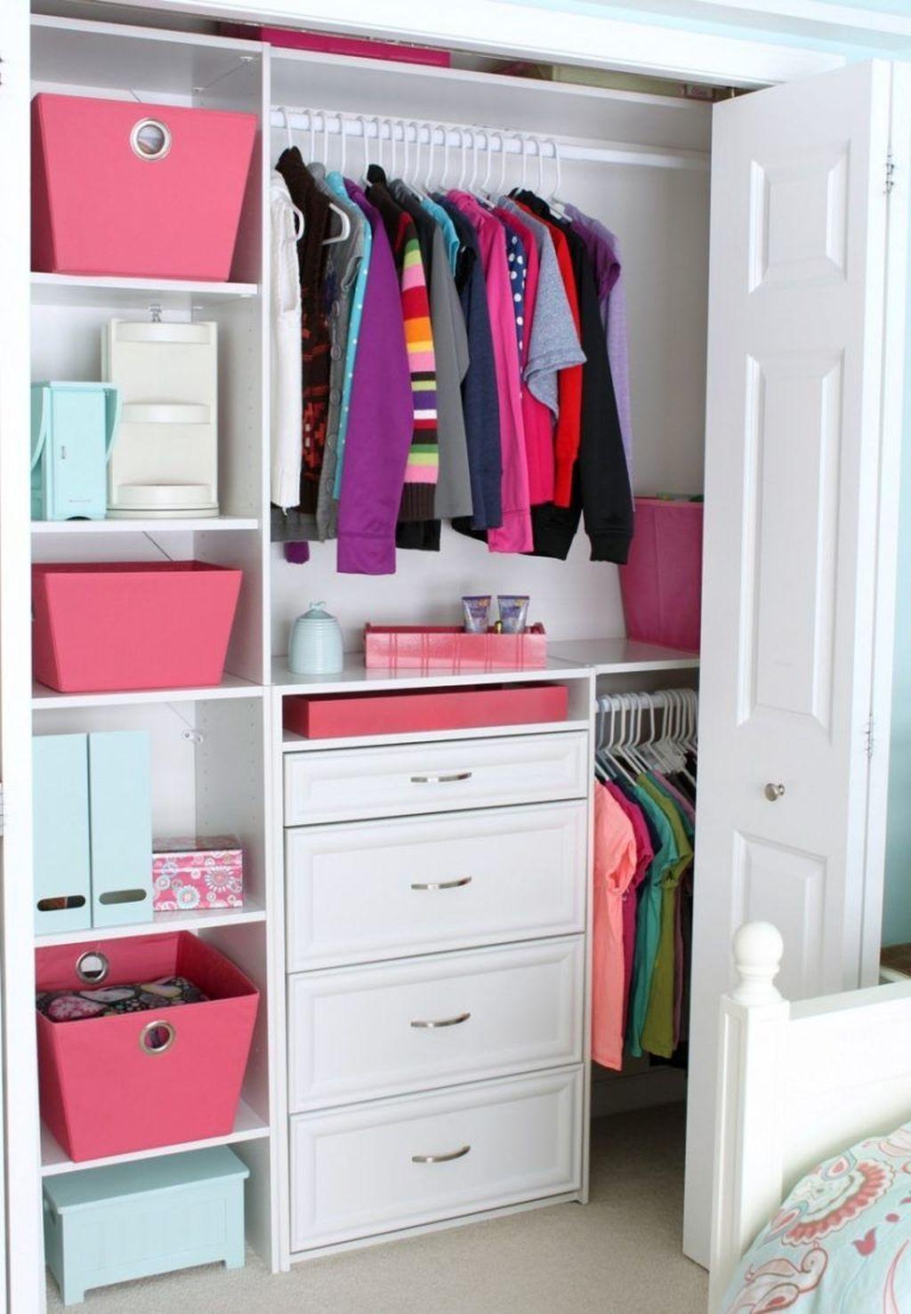 Полезные идеи организации гардероба фото 6