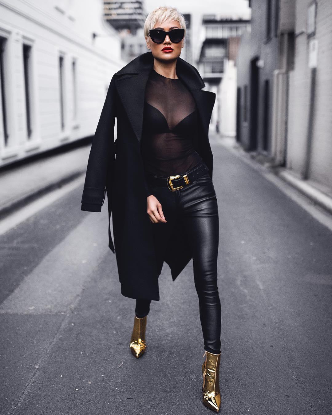 черное пальто 2020 фото 1
