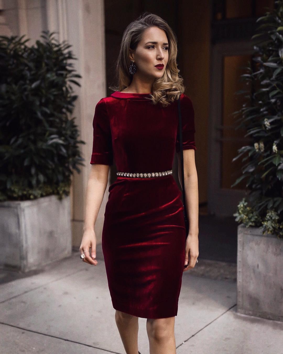 Бархатное платье 2020 фото 2