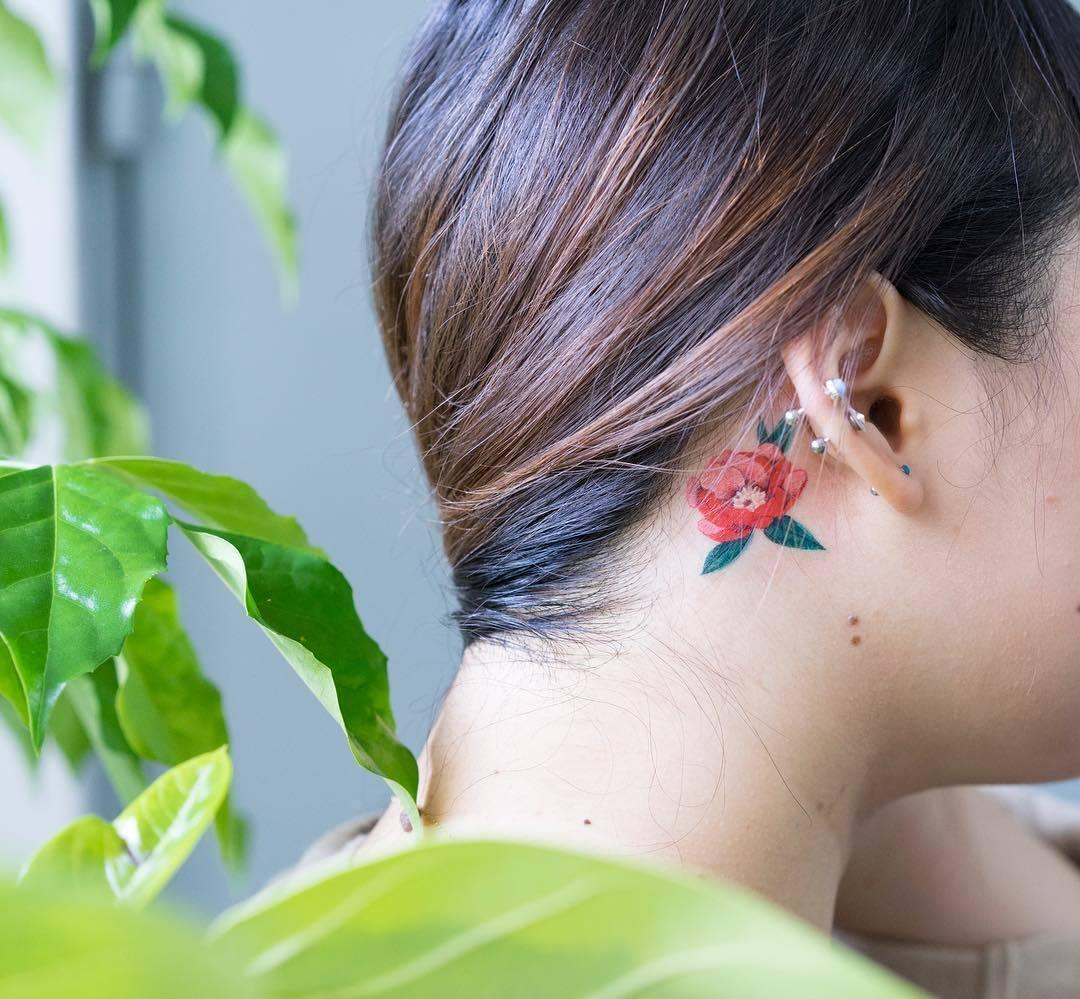 Татуировки за ухом фото 2