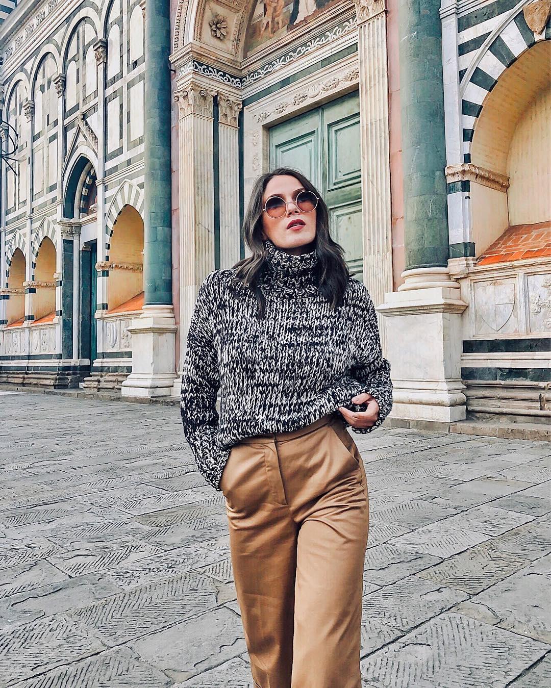 с чем носить свитер женщинам после 40-50 лет фото 1