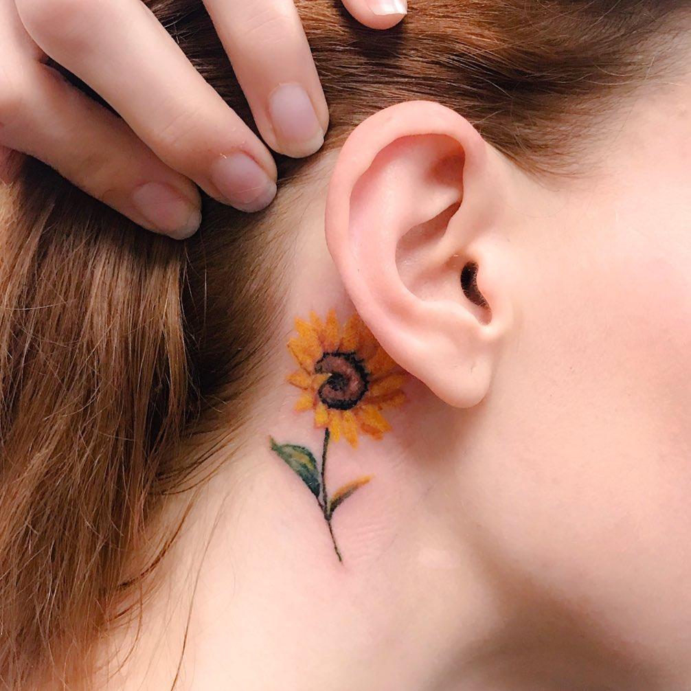 Татуировки за ухом фото 13